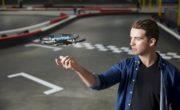 DJI annuncia SPARK, il minidrone che si comanda con i gesti e costa 599€!