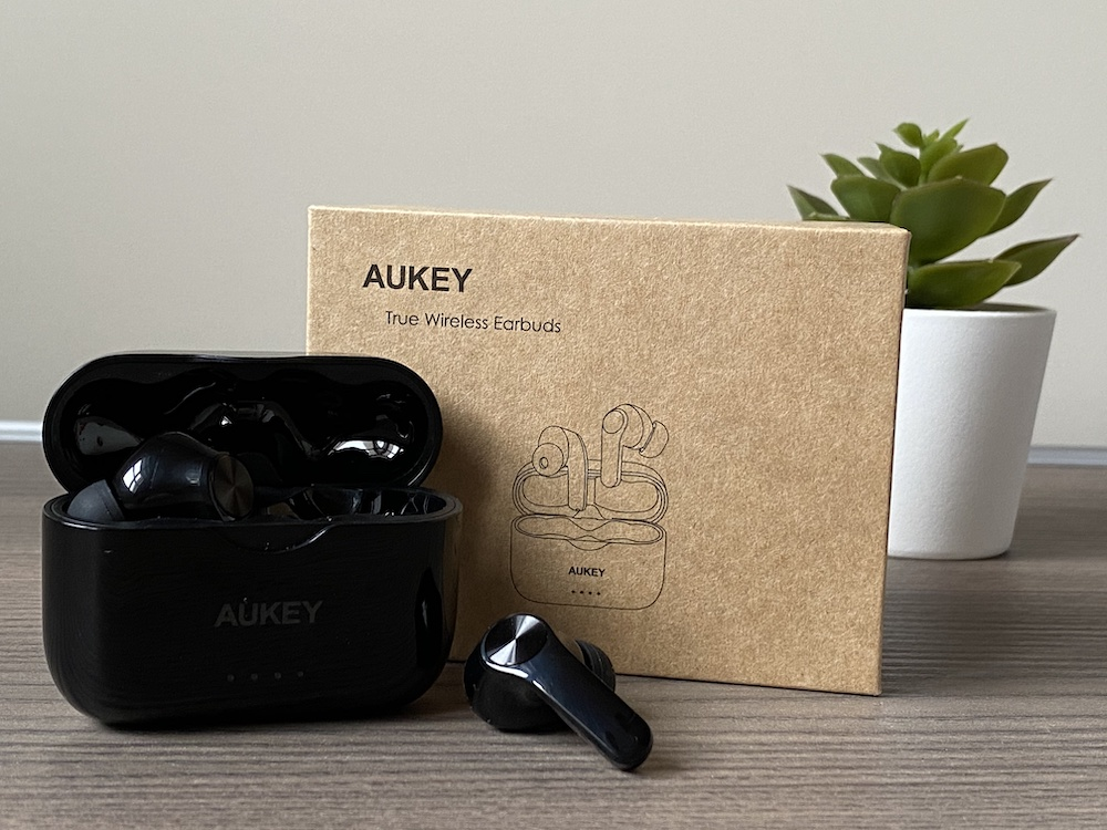 Recensione auricolari wireless Aukey EP-T28. Bassi e volume al top!