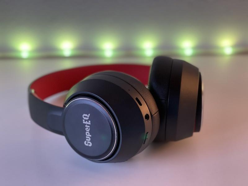 SuperEQ S1 : recensione delle cuffie OVER EAR economiche, con cancellazione del rumore di fondo.