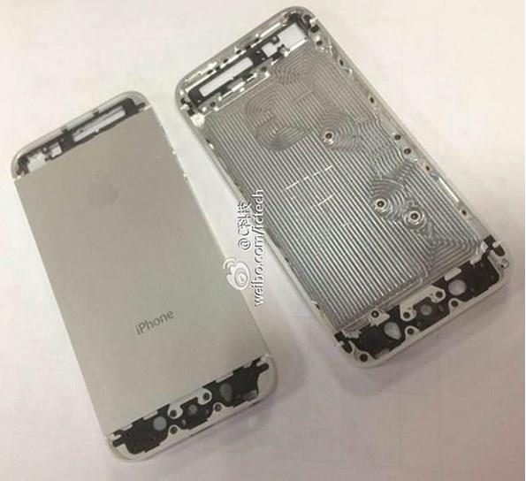 iphone 5s possible chassis Apple iPhone 5S: ecco tutti i dettagli e le nuove foto